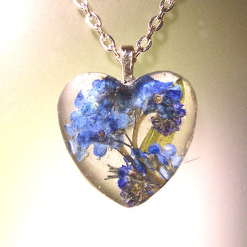 Real Pressed Forget-me-not Flower Heart Glass Pendant Necklace (N8)