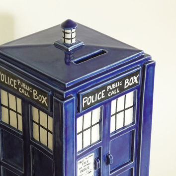 TARDIS Bank Made to Order by jadeflower