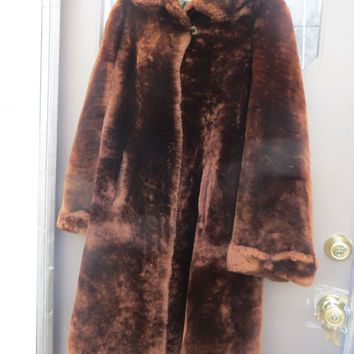 1950S H Feinman and Sons Style center  womens heavy   brown fur / fuzzy coat