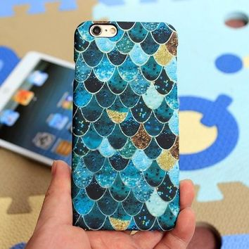 Luminous Fish Scale iPhone Case