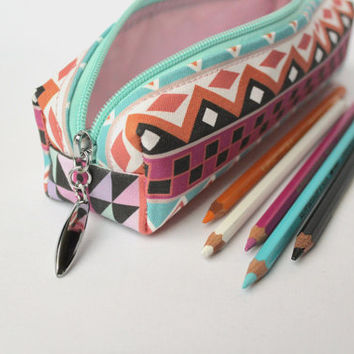 slim, small, make up bag, pencil case, make up case, toiletries, toiletries case, waterproof lining, wet bag, holder in Mojito