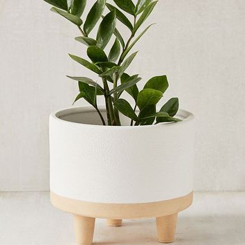 """Liv 8"""" Footed Planter 