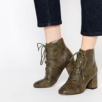 ASOS RETROSPECT Lace Up Ankle Boots