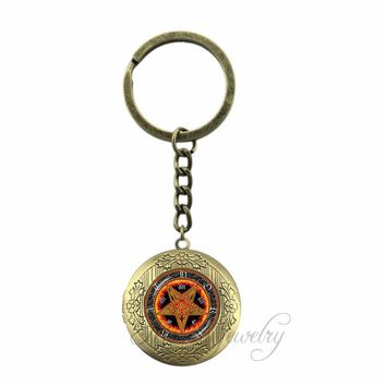 Personality Pentagram Locket Pendant Ace of Pentacle Key Chain Ring Fire Pentagram Jewelry Occult Tarot  Keychain Wiccan