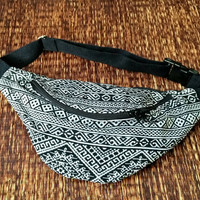 Festival Tribal Fanny pack Ikat Styles cycling bag Travel Hipster phanny waist woven bag Ethnic Hippie Bohemian Stripe unisex in Black white