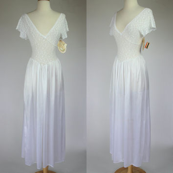 1980's night gown, sheer negligee, white nylon lace lingerie, flutter sleeve night gown, floor length night gown, white lingerie, Small, 4-6