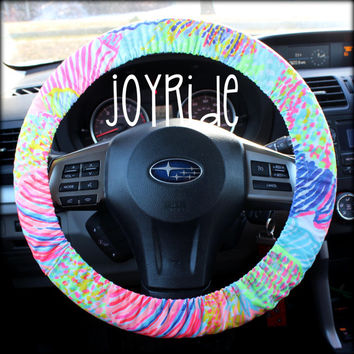 Lilly Pulitzer Fabric Steering Wheel Cover Roar of the Seas Fully lined with Grip Tight Designer Car Accessories Designer