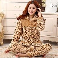 Thickening women winter flannel pajamas female coral fleece pajama sets sleepwear velvet long-sleeve casual nightgown