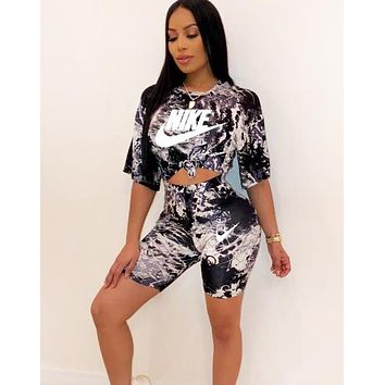 NIKE New fashion letter hook print top and shorts two piece suit