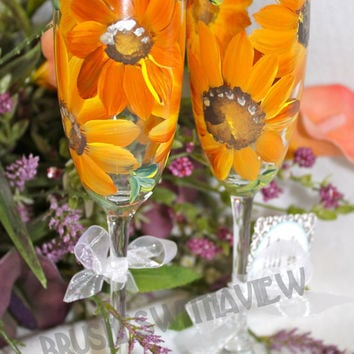 Sunflower Hand painted glasses champagne Flutes , Great for Weddings
