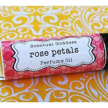 ROSE PETALS Perfume Oil - Love the Smell of Fresh Cut Red Roses? Try This Romantic Floral Scent