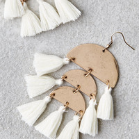 AEO WHITE 3-TIER TASSEL EARRING, Gold