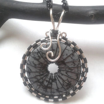 Snowflake Obsidian Necklace, Wire Wrapped Doughnut Black Snowflake Obsidian Gemstone Pendant, Wire Wrapped Jewelry, Wire Weaved Jewellery