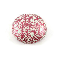 White decorative painted stone with metallic fushia pink zentangles, white and pink abstract painted pebble, modern and original art object