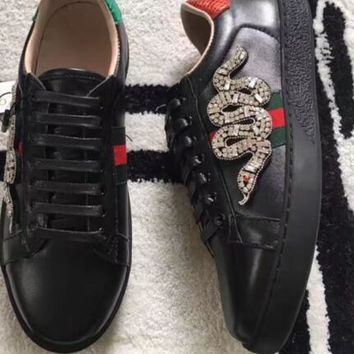 Gucci mens fashion genuine leather animal Snake Embroidery with diamonds luxury Breathable low top slip on Loafers Sneakers Shoes