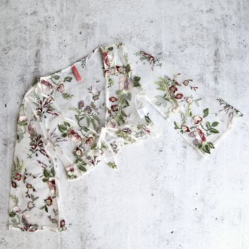 floral embroidered sheer quarter length sleeve crop top - white floral