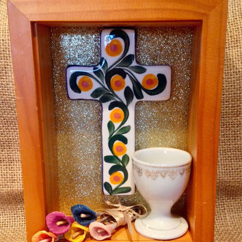 Nicho with cross & tea light holder