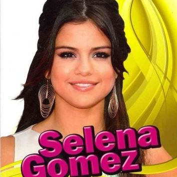 Selena Gomez (Snap Books: Star Biographies)