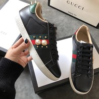 Gucci odd bee embroidery shoes flat star couple casual shoes shoes men and women sports shoes tide black rivet