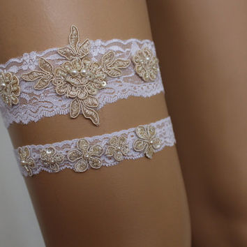 wedding garters,white lace bridal garter,lingerie,bridal accessory,ivory lace flowers garter