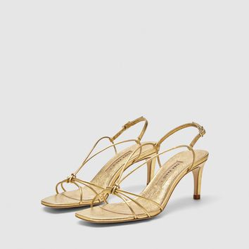 GOLD LEATHER HIGH-HEEL SANDALS DETAILS
