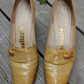 Vintage 60s 70s Palizzio Patent Leather Yellow Gold Mock Croc Crocodile Reptile Pumps Heels Shoes Loafers Size 8 Narrow