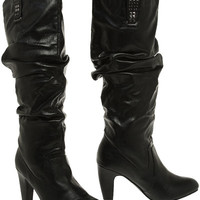 GOMAX Afina Ruched Pull-On Boot W/ Studded Tabs (Black)