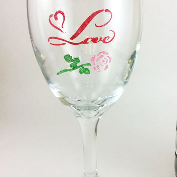 Wine glasses, custom wine glass, Wedding glasses, Love wine glasses, personalized glasses, gift under 25, anniversary glasses, bridal shower