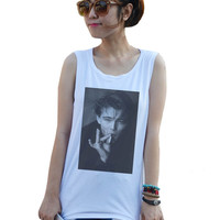Leonardo DiCaprio Leo smoking movie Fashion women Girl women's sexy Summer Tank Top Shirt Size XS,S,M,L