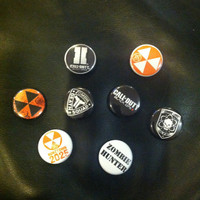 Call of Duty: Black Ops 2 - 1 inch Pinback Buttons - Pack of 8 - Party Favors