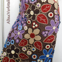 "The skirt. Irish crochet. irish lace. applique. yarn, cotton. ""Peruvian motives"""