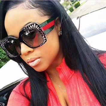 Drand designer rhinestone sunglasses woman fashion oversized square sun glasses vintage red green glasses lentes de sol mujer