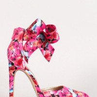 Women's Qupid Floral Bow Cuff Pointy Toe Pump
