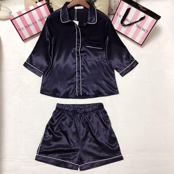 Victoria's Secret Women Silk Satin Robe Sleepwear Loungewear Set Two-Piece