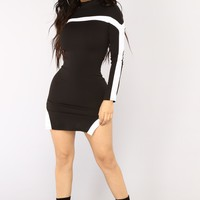 Something To Tell You Mini Dress - Black/White