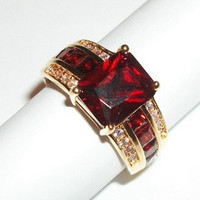 Woman's Ring Emerald Cut Red Garnet Synthetic Stones Cubic Zirconia Highlights Size 8 Elegant Costume January Birthstone Fashion Jewelry