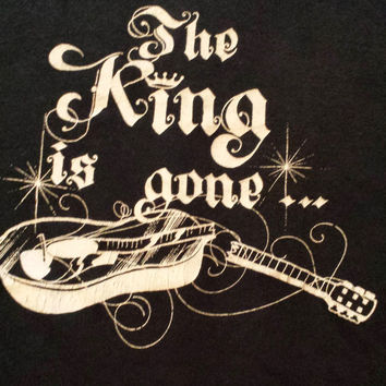 "Vintage 1970s Elvis ""the KING is gone"" t-shirt rare"