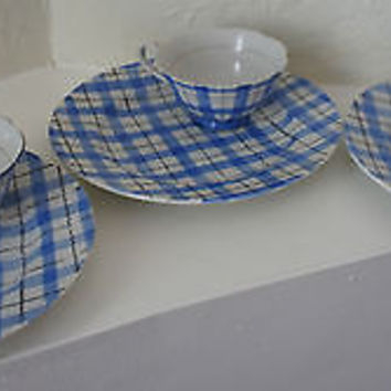 Yamaka Fine China Plate & Cup Set Blue with White Plaid Pattern