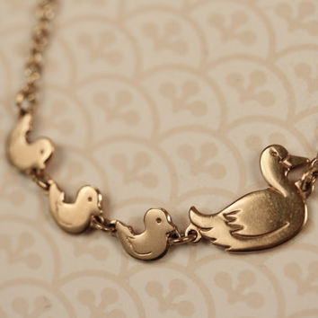 Duck Family Necklace on 14kt Gold Filled Chain, Ducklings and Mother Pendants,  Animal Jewelry, Vintage Avon Jewellery