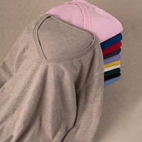 *online exclusive* cashmere v neck sweater