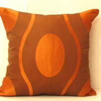 Geometric silk taffeta cushion cover – Orange bronze 18x18