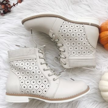 LILLY COMBAT BOOTS- LT GREY