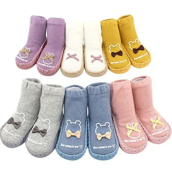 Newborn Baby Boys Girls Letter Bownot Floor Socks Anti-Slip Baby Step Socks Winter Baby Warm Socks Leg Warmers Skarpetki