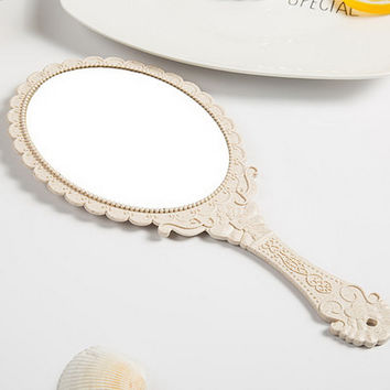 Colorful Plastic Handle Lovely Oval One-Way Pocket Makeup Mirror Hand Compact Portable Vanity Oval Cosmetic Tool