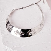 Missguided - Aztec Cut Out Collar Necklace Silver