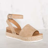 Weekend Platform Sandals - Taupe