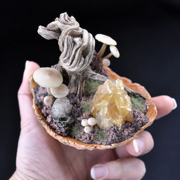 Little Cyrstal World Series, Cute Decoration Art Piece, Mushrooms, Real Tree Branch, Skull, Clay, Gift İdeas, Handmade, Sculpted, Home, Life