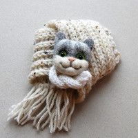 Felted Cat Brooch, needle felted jewelry, children jewelry, funny brooch, animal pin, handmade, gray