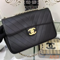 HCXX 19Aug 672 Fashion Classic C Logo Flap Bag Leather Quilted Baguette Bag 30-21-8cm