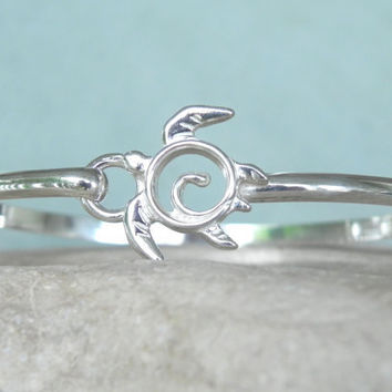 BRACELET  Sea Turtle Sterling Silver Bangle by FantaSeaJewelry